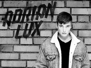 Adrian Lux @ The Hoxton   The Swedish Up-and-Comer