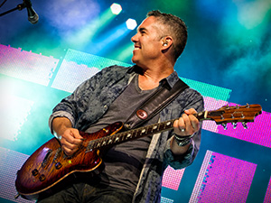 [Photos] Barenaked Ladies @ Molson Canadian Amphitheatre (7/11)