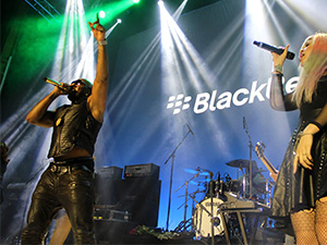 CrackBerry Returns? | BlackBerry 10 Fan Event w/ Flo Rida in Toronto