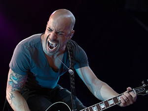 [Photos] Daughtry @ Molson Canadian Amphitheatre (7/3)