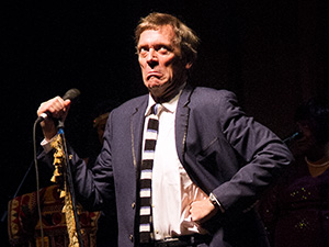 [Photos] Hugh Laurie and the Copper Bottom Band @ Danforth Music Hall (10/20)