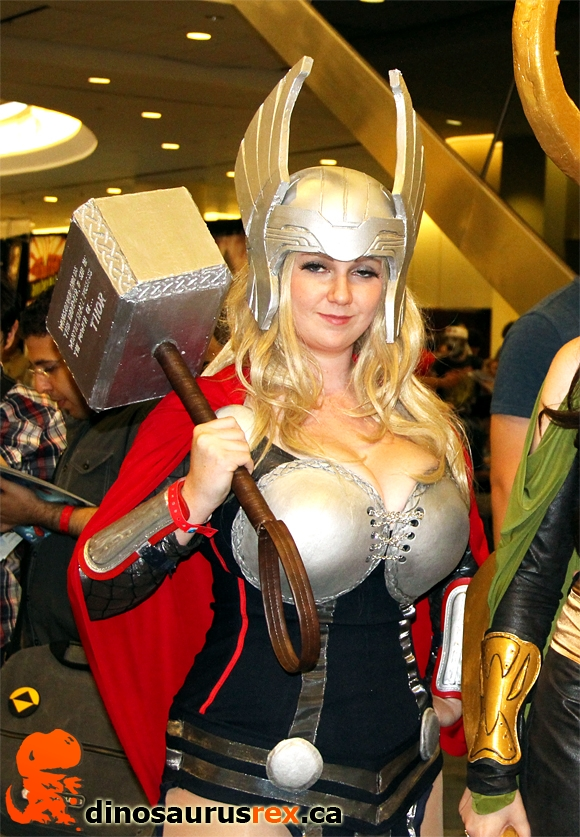 Top 10 Cosplay Girls at FAN EXPO 2012 | Dinosaurus Rex